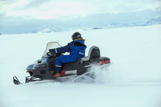 Glacier Snowmobiling | Snowmobile adventure on Eyjafjallajökull