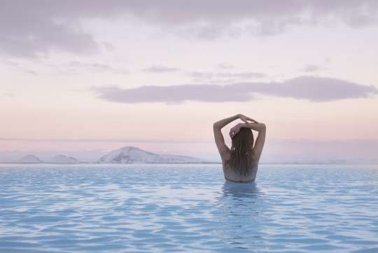 Rejuvenating Bathing Experience | Relax in the geothermal baths